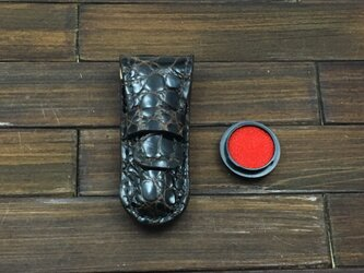 差し込み式印鑑ケース クロコダイル(朱肉付き)の画像