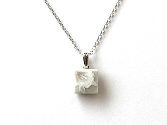 結晶釉タイルのネックレス Aの画像