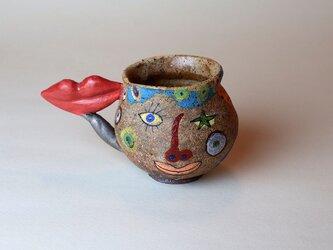 ぷっくり顔のマグカップ/陶芸家がつくる/珍しい器/おしゃれで可愛い/アート マグカップ/現代陶芸の画像