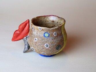 赤い唇のマグカップ/陶芸家がつくる/珍しい器/おしゃれで可愛い陶芸/アート マグカップ/現代陶芸の画像