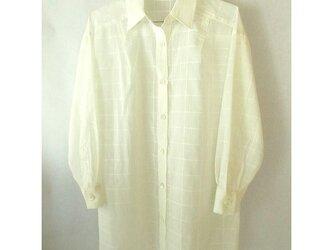 薄地のコットンのシャツ 白い格子(2)の画像