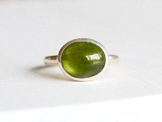 お抹茶カラーのベスピアナイト(アイドグレース)ringの画像