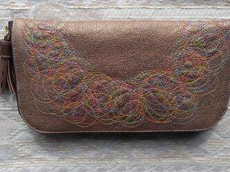 刺繍革財布『Parade』キラキラブロンズ(ヤギ革)ラウンドファスナーの画像