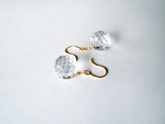 K18 ラウンドカット水晶のつりばりピアスの画像