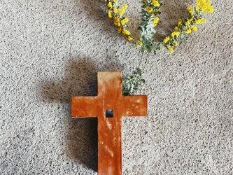 十字架の一輪挿しの画像