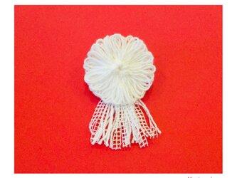 Siro糸花のコサージュの画像