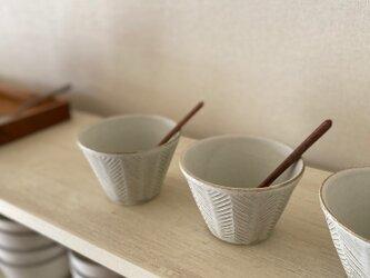 ヘリンボーン小鉢(淡いみどり)の画像