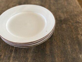 粉引きリム皿+の画像