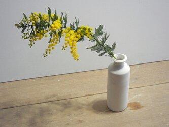 一輪挿し 白磁 細瓶の画像