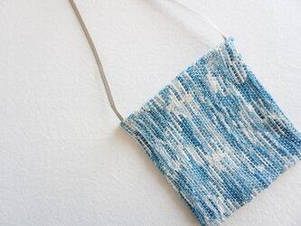 裂き織りのポシェットの画像