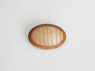 ブローチ -トチ・ヤマザクラ楕円-の画像