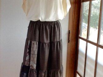 茶系大島紬 色々テイアードスカートの画像