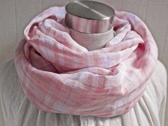 上質ベルギーリネンのスヌード ピンク×白 チェックの画像