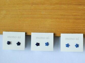 刺繍レース藍染ピアス(+ノンホールタイプ)の画像