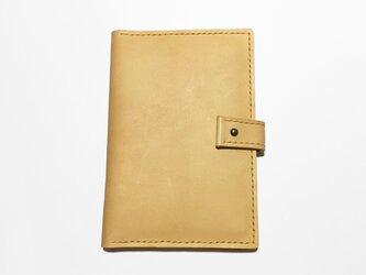 アンチック加工牛革のパスポートケース(辛子色)の画像