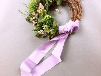 新緑の森 生花の wreatheの画像