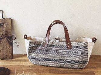 手織りboat bag オフ白の画像