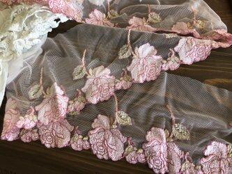 送料込・バラ柄ピンク幅広レースゴム・長さ約1.5mの画像