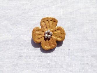 花摘み2(ゴールド) 陶土ブローチの画像