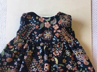 sokko's Dress 黒地コーデュロイに花柄のワンピースの画像