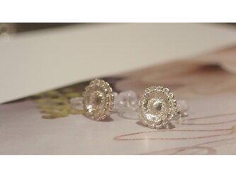 Gerbera Silver Clip-on Earringsの画像