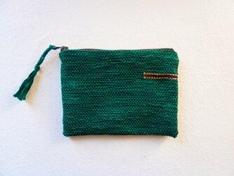 裂き織りのフラットポーチ   グリーンの画像