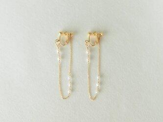 真珠の耳飾り イヤリングの画像