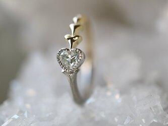 ハートシェープダイヤモンド指輪の画像