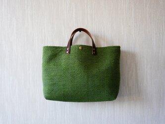 裂き織りのバッグL横長 アボカドグリーンの画像
