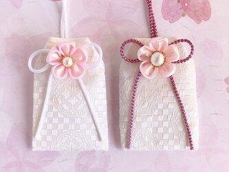 【特集掲載】元巫女の桜のお守り袋(桜)の画像