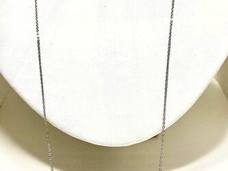 ★送料無料★シルバーカラーのカーブパーツのロングネックレスの画像
