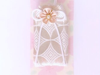 (白七宝)元巫女の白のお守り袋の画像