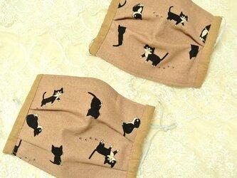 無香料】ハチワレ猫ちゃんのプリーツマスク ★1枚 モカ/ノーズワイヤ―入り ★はちわれ♪黒猫の画像