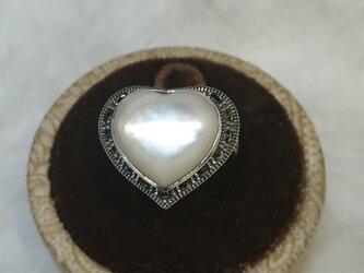 マザーオブパールリング heartの画像
