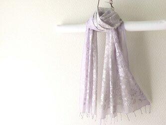春色新作*総刺繍シルク・コットン手染めストール lilac greyの画像