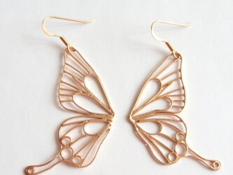Butterfly(L) pierces / フックピアス / PINK GOLDの画像