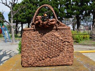山葡萄(やまぶどう)籠バッグ | 六角花嵌入乱れ編み | 巾着と中布付き | (約)幅32cmx高さ25cmx奥行10cmの画像