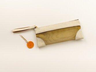 サメ革ナイロンメッシュ ペンケース【ホワイト ゴールド】/百貨店モデル/お守りコイン入り/シャークの画像