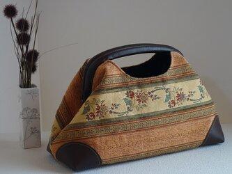 ニューム口金のおしゃれハンドバッグ(オリエンタルゴブラン)の画像
