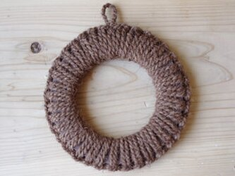 紀州産棕櫚の手編み鍋敷き(中)の画像