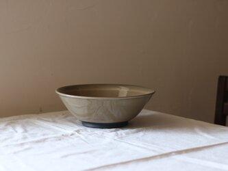 シンプルな麺鉢 グレージュの画像