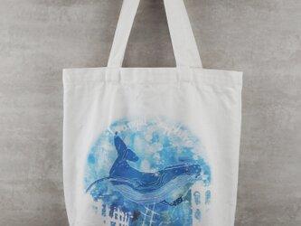 水彩プリントトートバッグ – ウミの画像