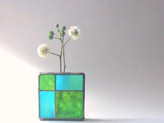 ガラスブロックの一輪挿し【c】の画像