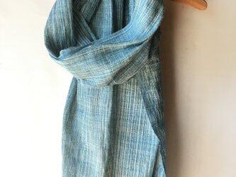 手紡ぎ糸・藍染めのストール M32-①の画像