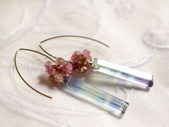 14kgf フローライトの花束ピアス(ピンクトルマリン)の画像