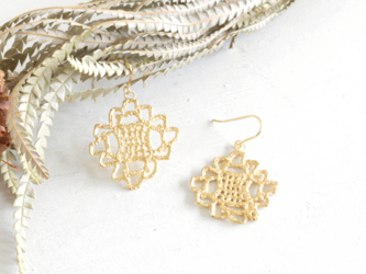 1st anniversary sale!! Antique lace pierce 1点物の画像