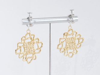1st anniversary sale!! Antique lace earring 1点物の画像
