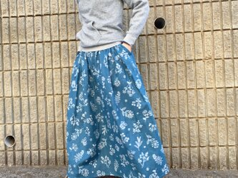 春に*ステッチ刺繍調 草花柄のロングスカート*ダブルガーゼ*マキシ丈*コットン100%の画像