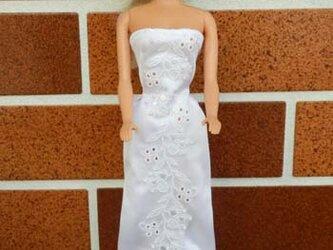 ★sale バービーの白いドレス(6)の画像
