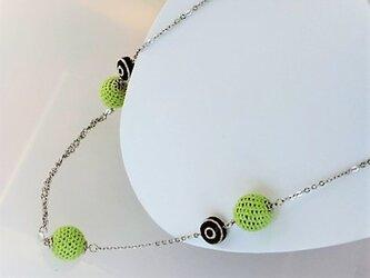 新緑・薄のニットボールと渦巻2・水晶のロングネックレス・銀♪の画像